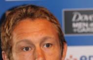Jonny Wilkinson : A chaque match le public de Mayol nous met toujours une pression positive .