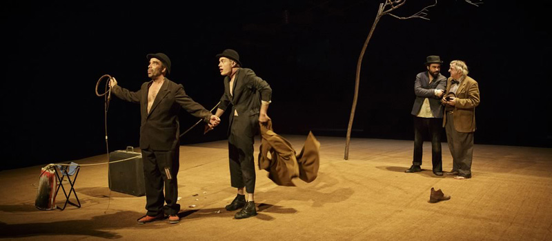 Théâtres en Dracénie présentent En attendant Godot