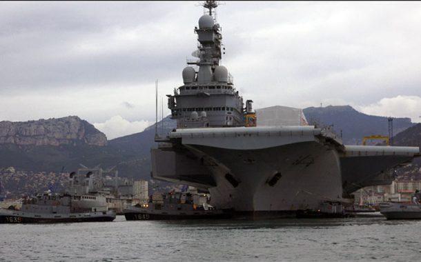 Toulon : le porte-avions Charles-de-Gaulle en réparation pour 18 mois