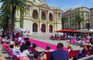 Toulon : le grand défilé de mode sur la place de l'Opéra