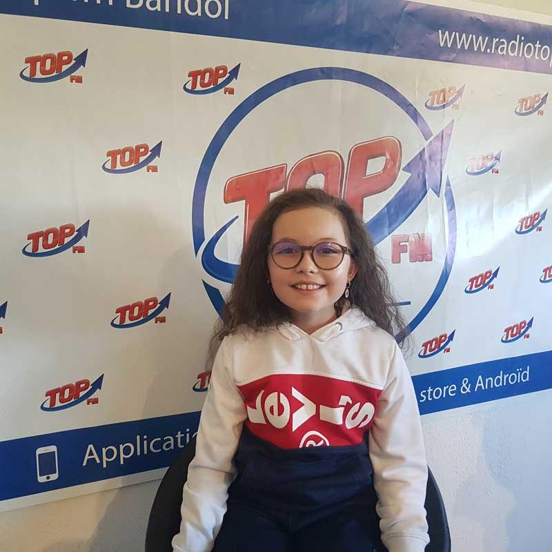 INFO 83 et TOP FM reçoivent Emma Cerchi, jeune chanteuse, vainqueur de Voice Kids 2018 et Michel Abran pour la journée du judo à Hyères. INFO83 Top FM Le Mag