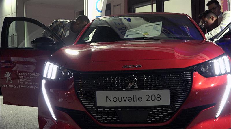 La Nouvelle Peugeot 208 fait son show à Toulon