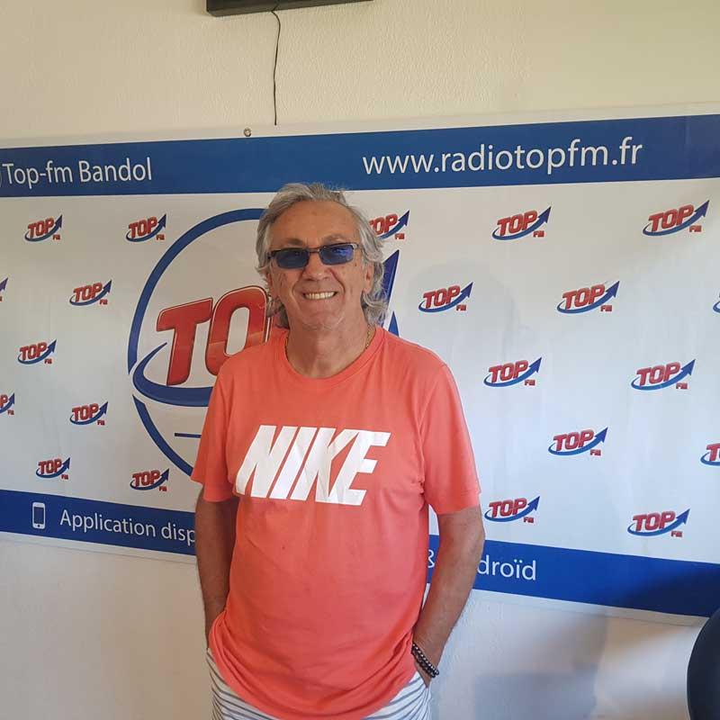 INFO83 et TOP FM reçoit Jean-Pierre savelli, chanteur stars des années 80 et Michel Abran pour la journée du judo à Hyères octobre 2019. INFO83 radio TOP FM Le Mag
