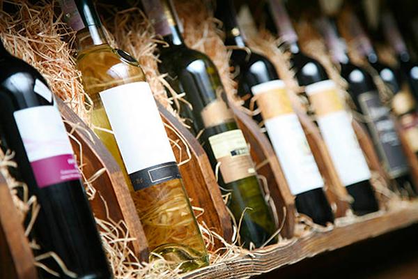 EXPORTATION : Le vin rosé de Provence tire son épingle du jeu en 2020